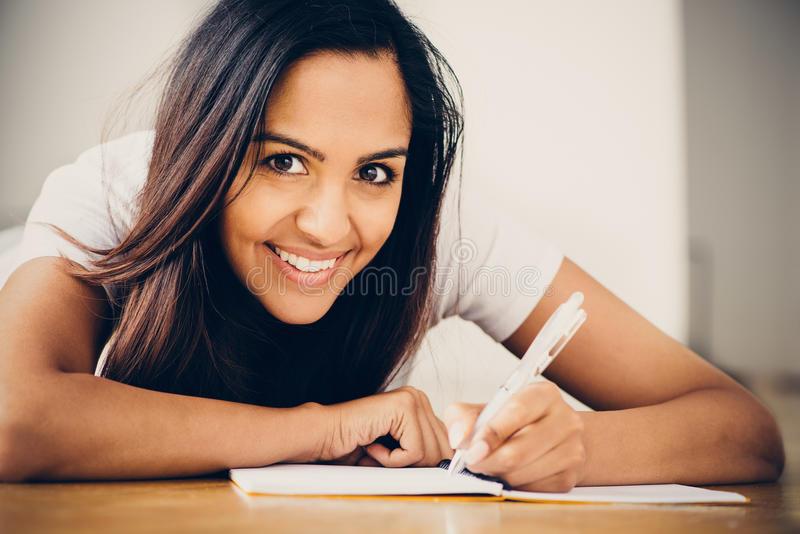 انجام پایان نامه دکتری در یزد | انجام پایان نامه ارشد و رساله دکترا در یزد