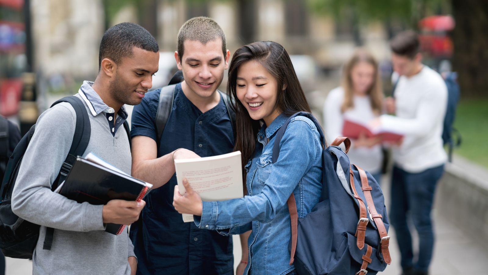 انجام رساله دکترا تربیت مربی عقیدتی و سیاسی | انجام پایان نامه دکتری و ارشد تربیت مربی عقیدتی و سیاسی